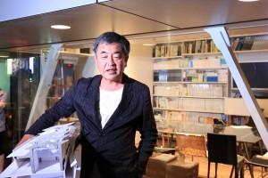 建築家・隈研吾氏も氷水を被る…