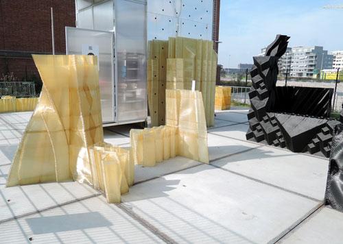 3Dプリンターで印刷された部品群