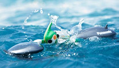 2011年10月、充電式エボルタ3本で、小さなロボットが昼夜ぶっ通しで挑んだ、ハワイ島約230km!!