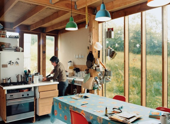 handmade-house-kitchen-564x410