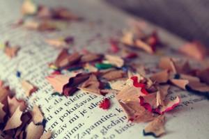 books-reading-colors3056-1560x1040