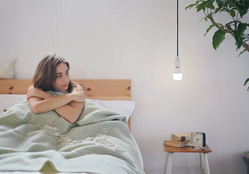 音と光によるくつろぎの空間をつくりだす『LED電球スピーカー』