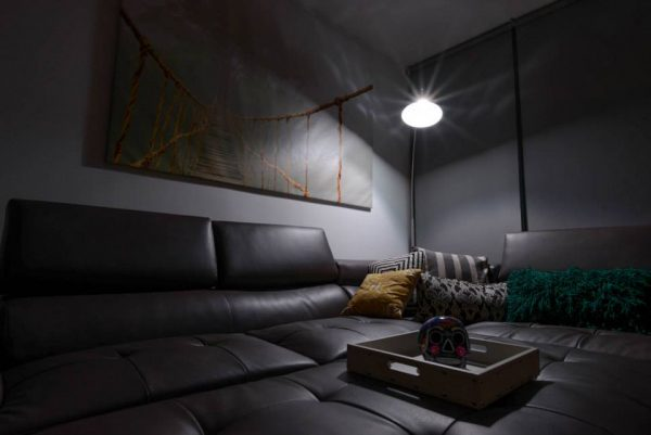 テクノで差別化!彩りある照明が住宅にも普及しそう。