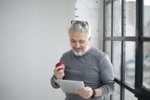 工務店経営者はオンライン化の表面的なことに流されてはいけない。